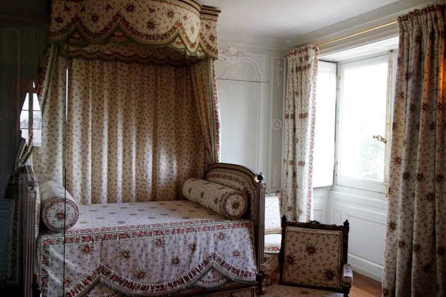 Versailles trianon hameau de marie antoinette chavanitas - Mobilier de jardin brabant wallon versailles ...