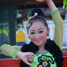 Profil Lengkap Sandrina Azzahra IMB 3