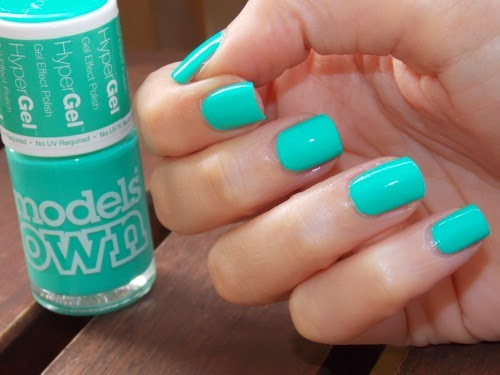 turquoise gloss models own, turquoise gloss hypergel, blog nail art