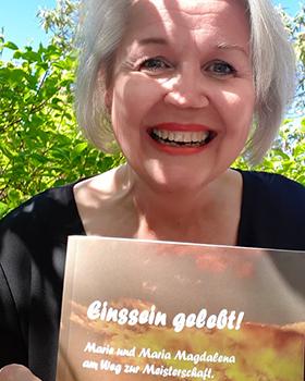 """Das neue Buch von Andrea Riemer: """"Einssein gelebt!"""