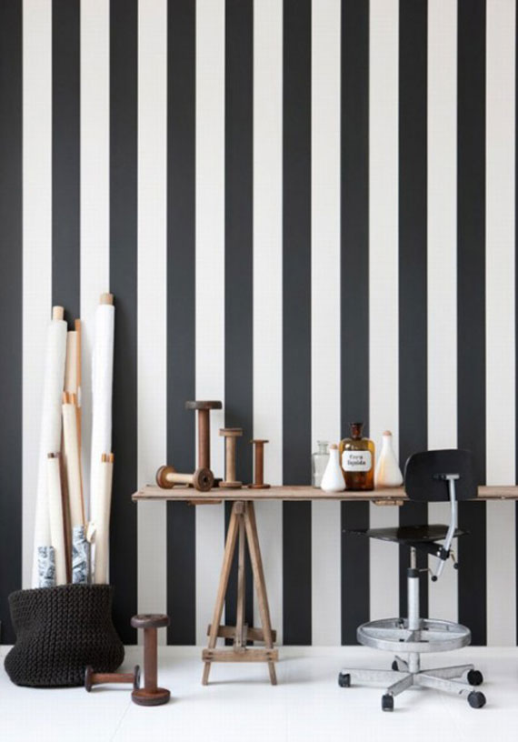 Awl in good taste black and white striped walls - Black and white striped wall ...