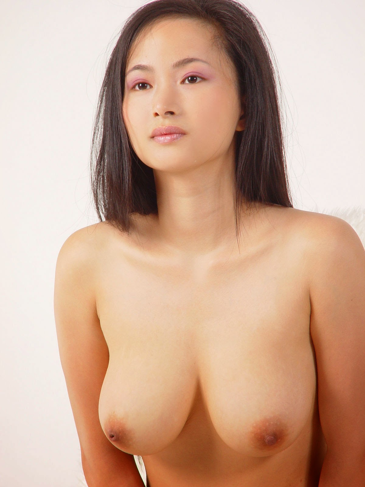 Consider, that Tang jia li nude