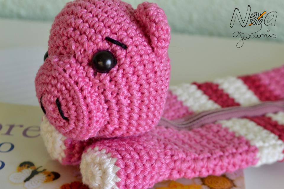 http://www.noagurumis.com/2014/10/estuches-molones-iv-cerdo.html