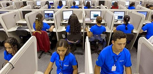 Cliente recebe ligação de telemarketing da Claro e dá show em atendente