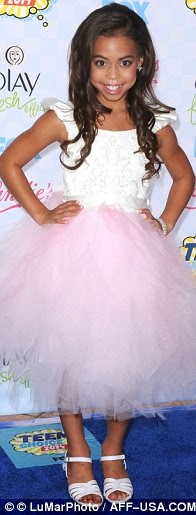 Welcome To Linda Ikeji's Blog: Red Carpet Photos From 2014 Teen Choice