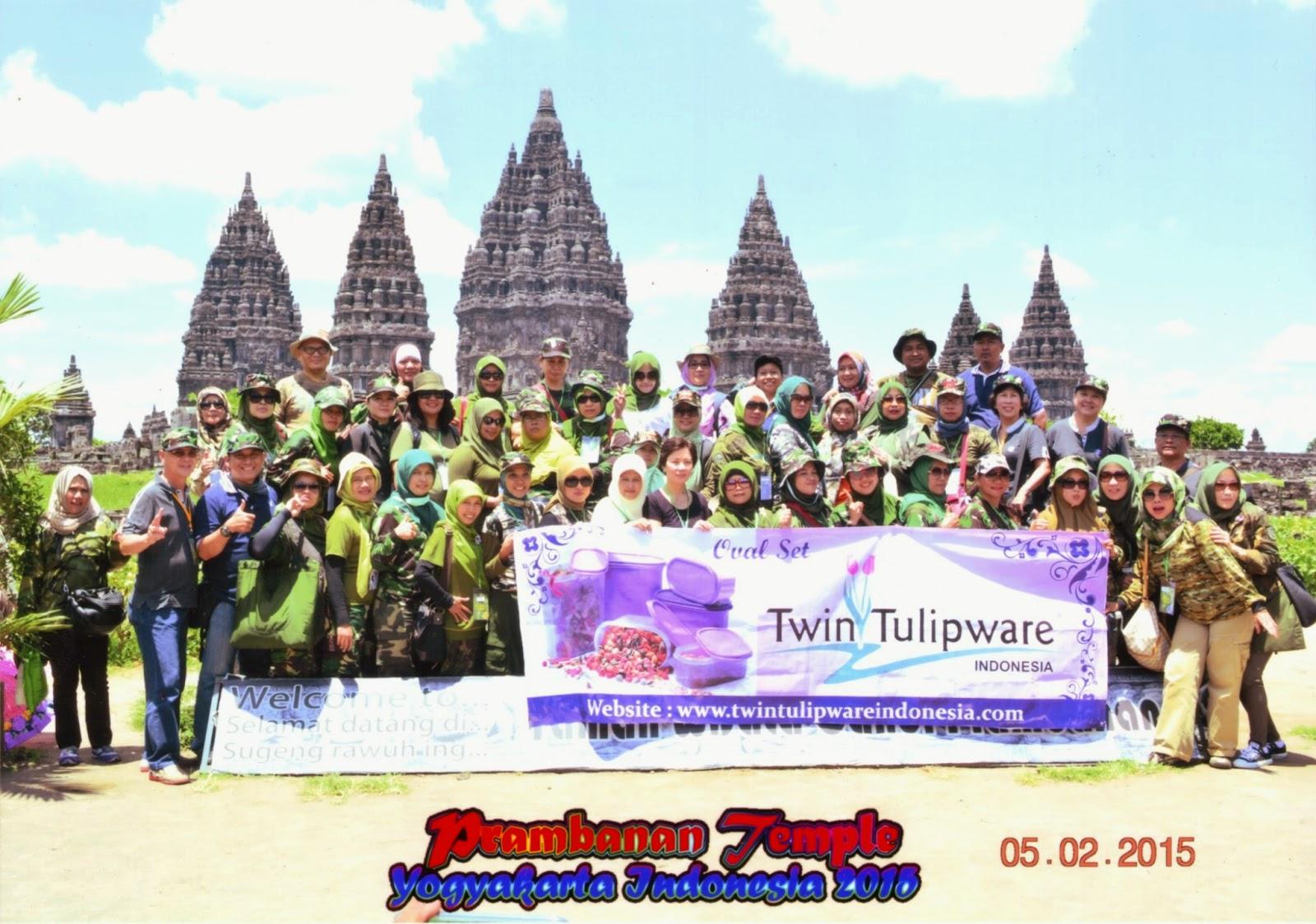 Tour Twin Tulipware 2015 di Candi Prambanan