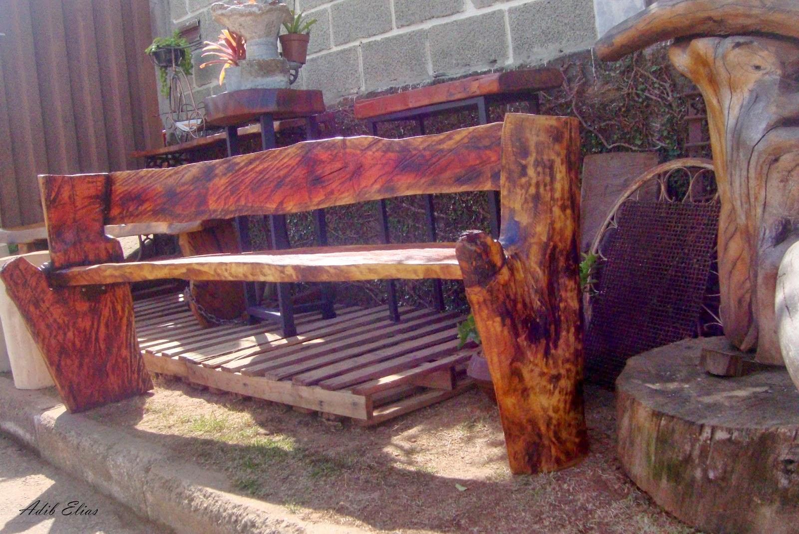 Banco rústico de madeira reciclada de Jacarandá #945737 1600x1069