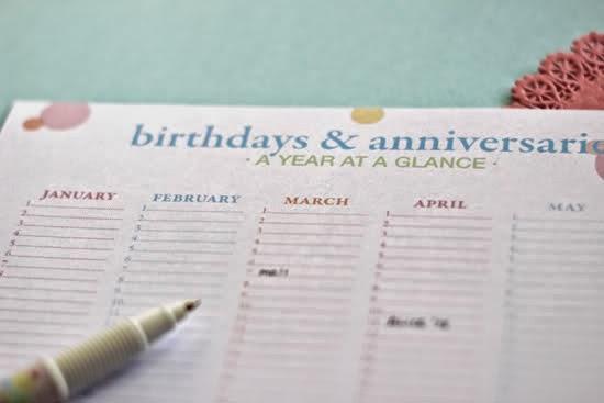 http://polkadotprintsstudio.blogspot.ca/2012/01/birthday-calendar-freebie.html
