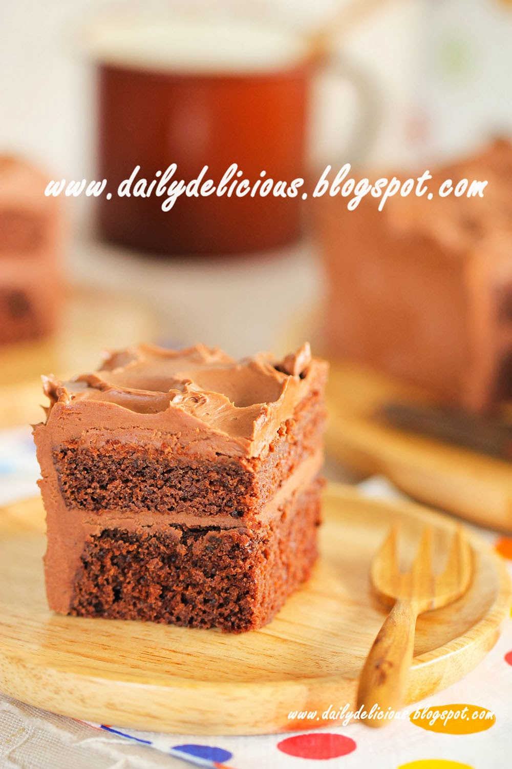 dailydelicious: Chocolate Cake with Chocolate Mascarpone Frosting
