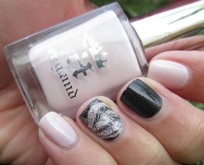 A-England Iseult Bridal Veil water marble