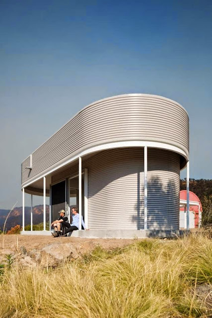 TOP 7 UNIQUE HOUSE DESIGN: UNUSUALLY SHAPED STAND-ALONE HOUSE STRUCTURE COMES AS ADDITION TO A REMOTE RURAL PROPERTY IN AUSTRALIA