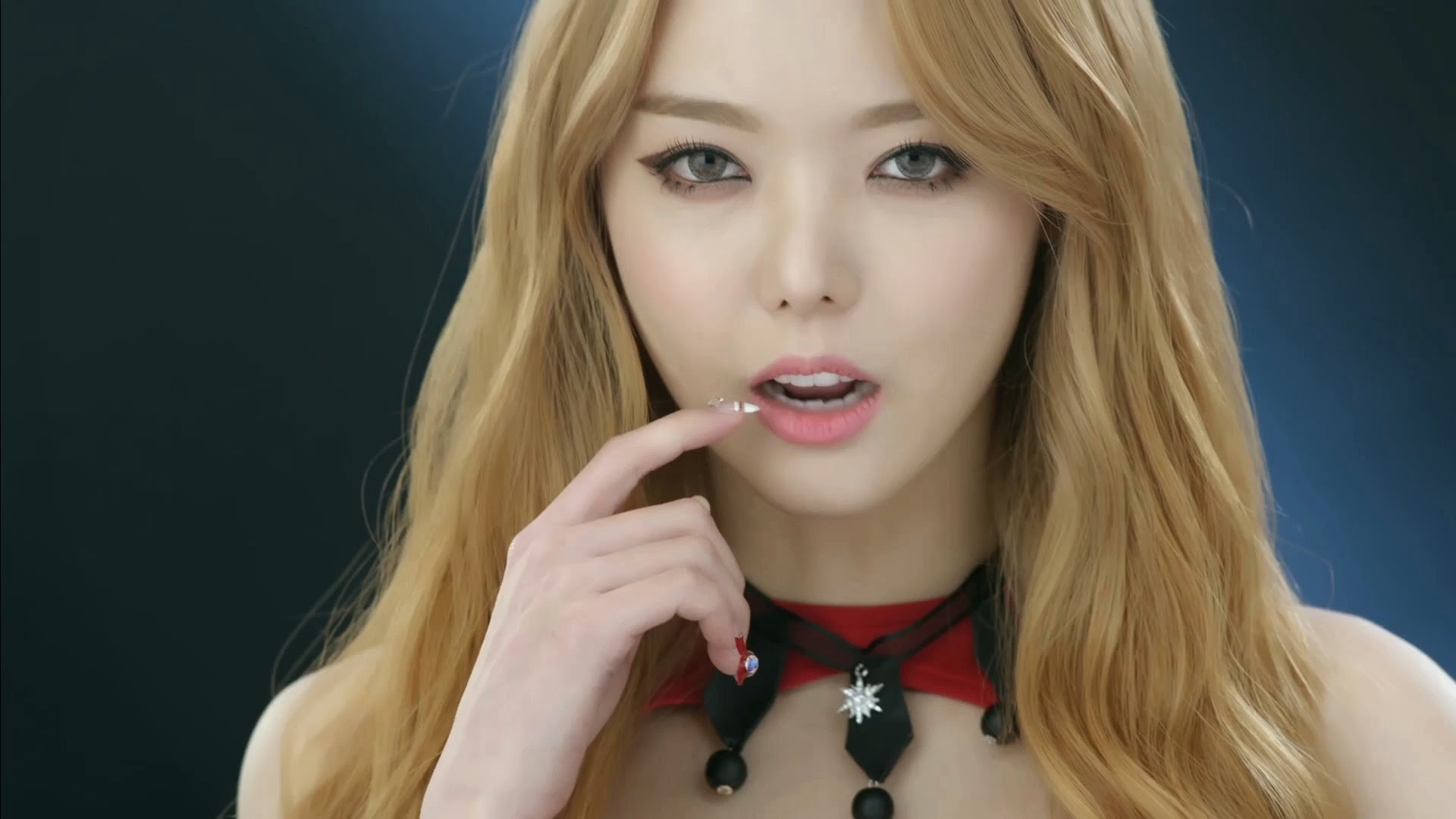 Dal Shabet's Serri in Joker MV