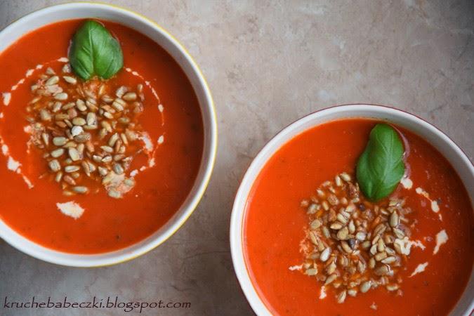 Zupa pomidorowa z pieczoną czerwoną papryką