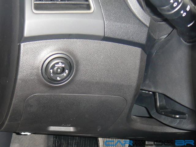 carro HB20 Hyundai Automático  - Regulagem de altura do volante
