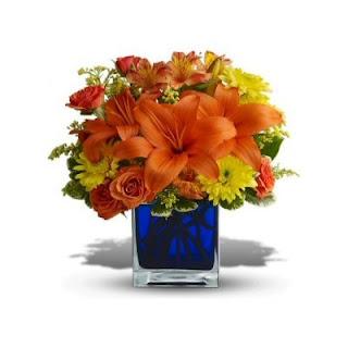 Send the Teleflora Summer Nights Bouquet