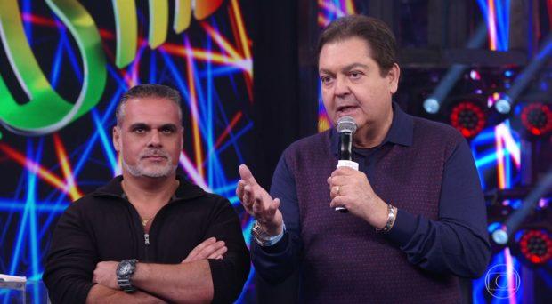 """Faustão ironiza passagem de atriz pela Record e estreia """"câmera de cinema"""""""
