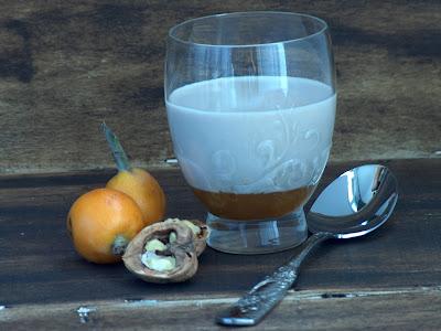 Ajo-Blanco-nueces-mermelada-níspero