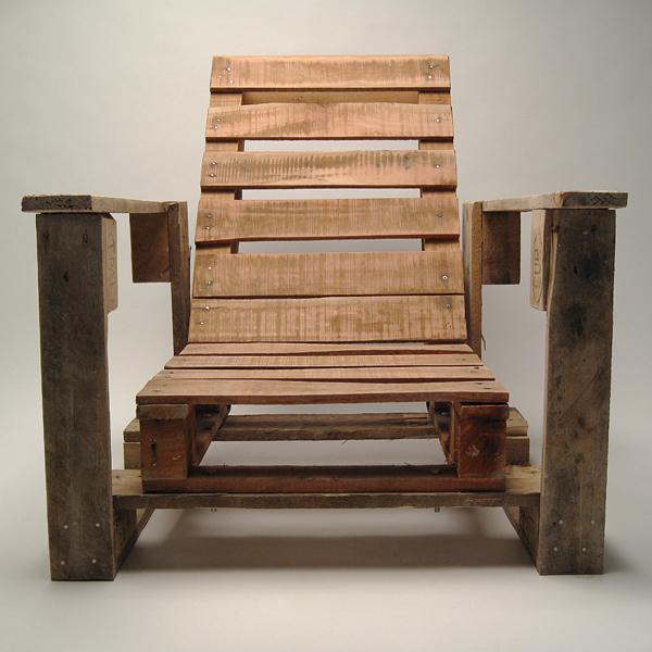 Sillas de jard n hechas con palets de madera for Madera para palets