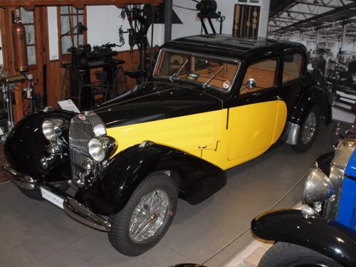 Bugatti T 57 Galibier (1936) in Visibile-Ausführung (Glasdach)