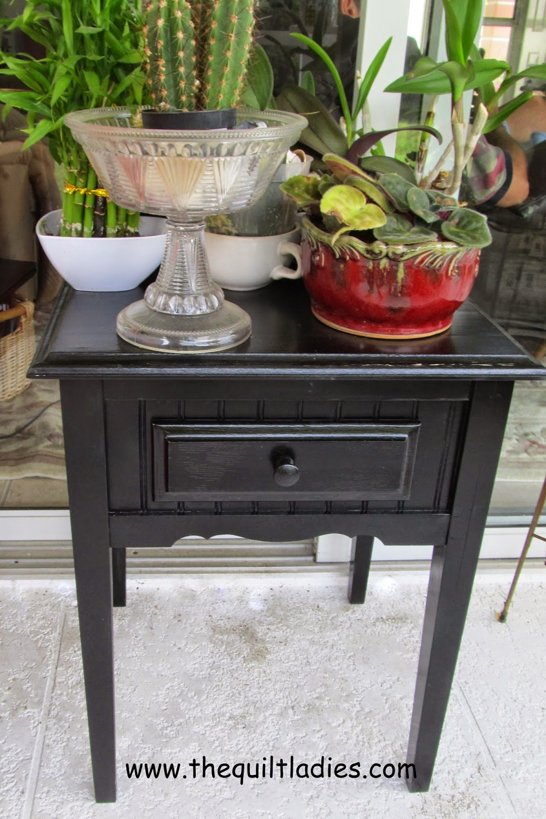 painted table Rust-o-leum Satin Black