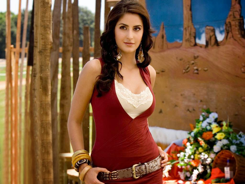 Bollywood Actress Katrina Kaif Hot Photo Wishes wallpaper
