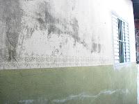 カルメンさん宅の道向きの壁