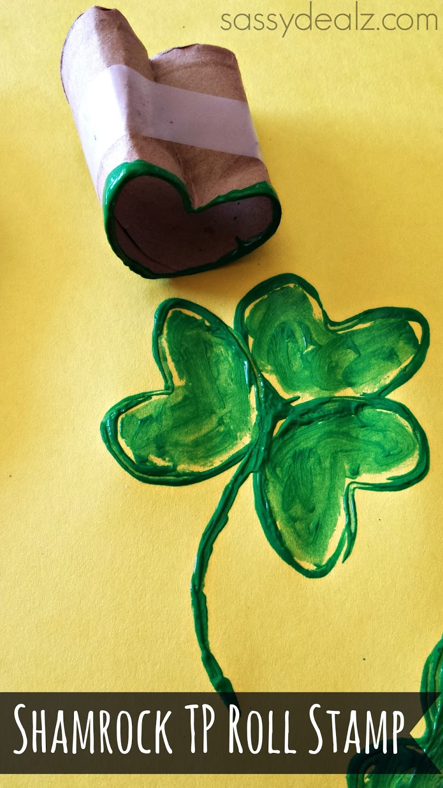 http://www.sassydealz.com/2014/01/shamrock-toilet-paper-roll-stamp-st-patricks-day-craft.html