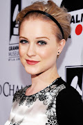 Take the trend from day to night like Evan Rachel Wood with a black version .
