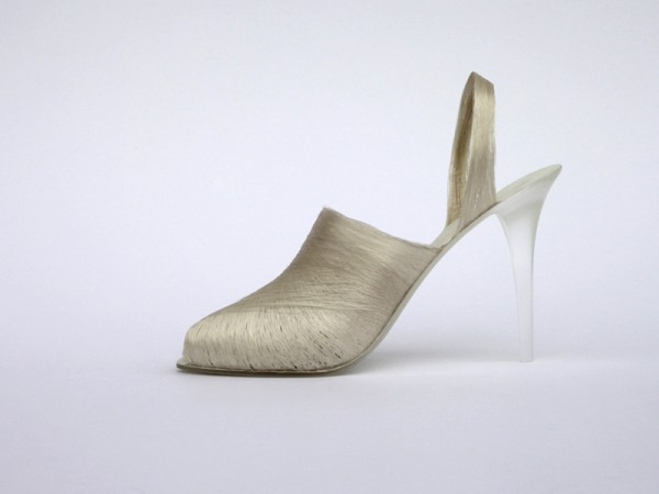Lei Zu silk thread shoes