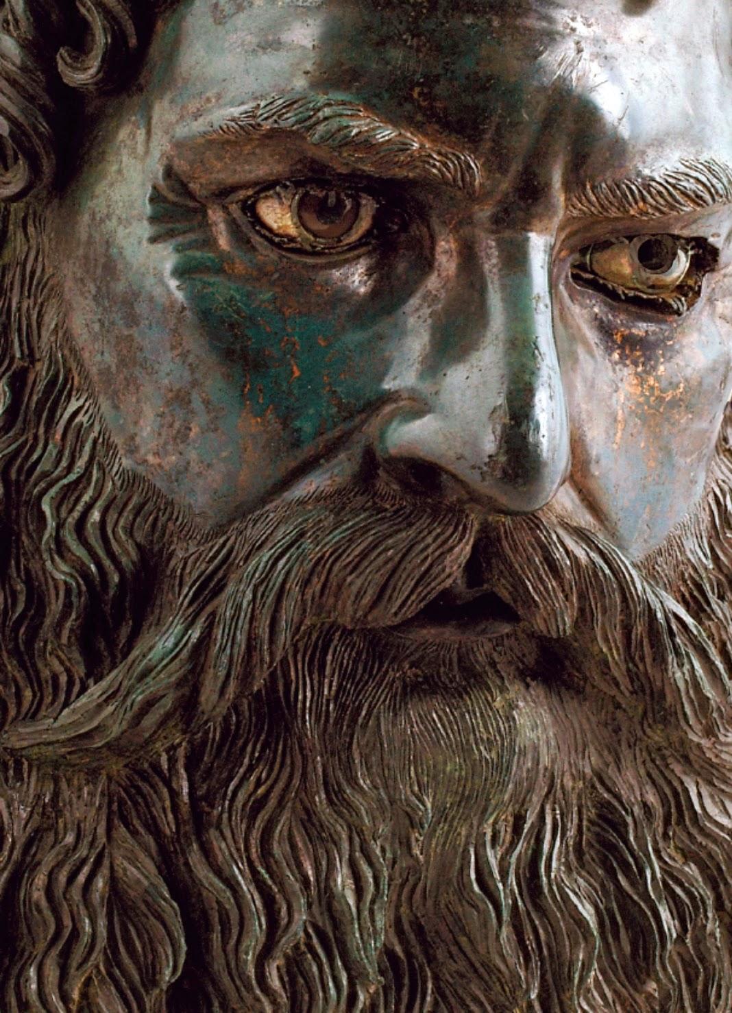 Лувъра изложи тракийските съкровища на България