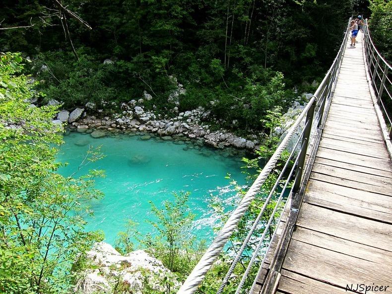 Sungai soca, sungai indah berwarna biru
