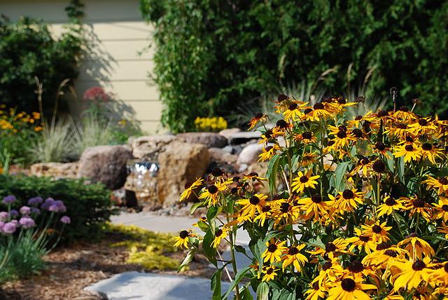 Imagenes de amor jardines con flores y pajaros fotos o for Diseno de jardines fotos