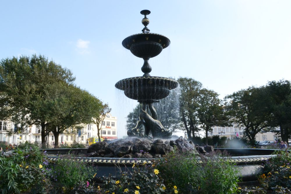 fountain square park brighton