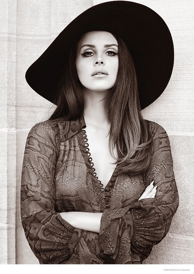 Ultra-Lana-Lana-Del-Ray-Fashion-Magazine-September-2014-06