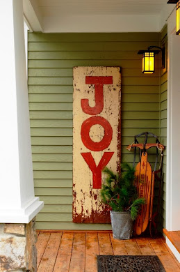 DIY NETWORK Holiday Joy Sign