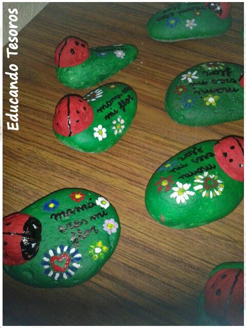 Publica tu material manualidades para mam educando tesoros - Cascara nueces para decorar ...