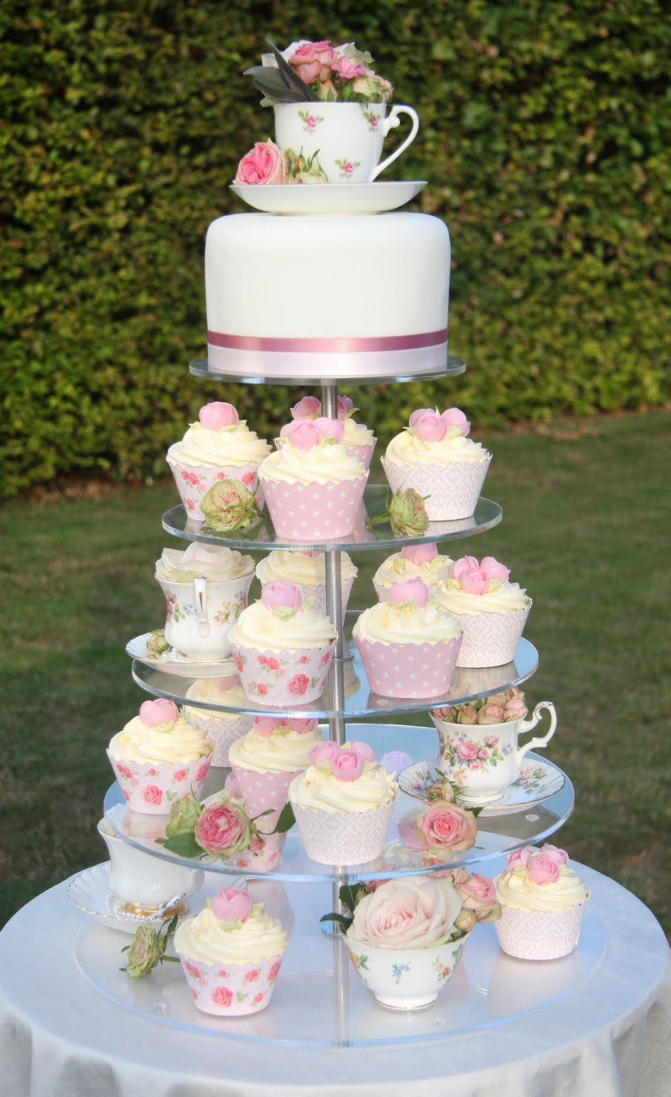 Tea+Cup+Cup+Cakes.jpg