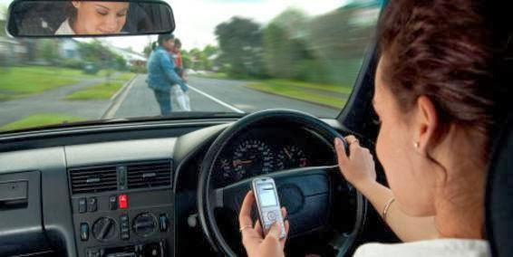 No hables por teléfono al manejar