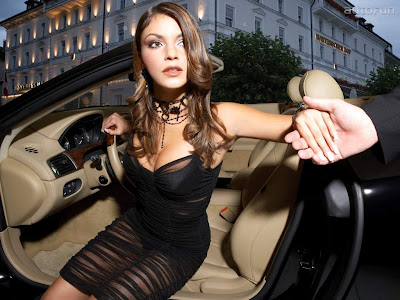 Exotic_Girls_and_Stunning_Cars_Wallpapers_Part_VIII-03