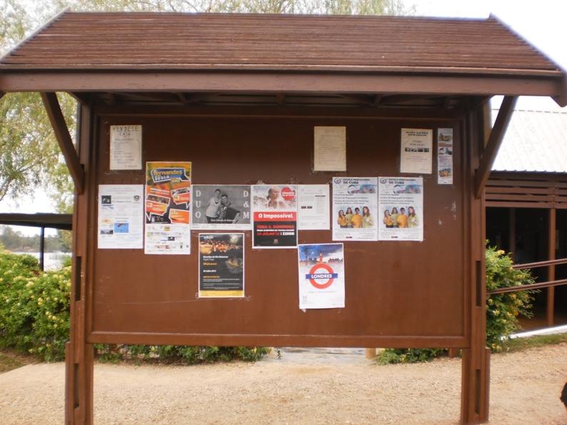 Placa Informativa com as atividades recreativas da zona da M ina de São Domingos
