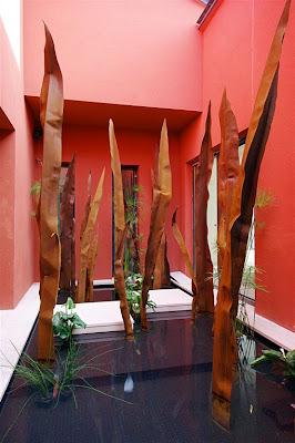 Instalación Terminada de Jardín de Hojas de Acero Corten