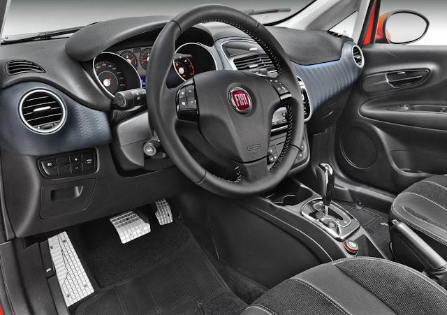 Novo Fiat Punto 2014 Sporting - interior