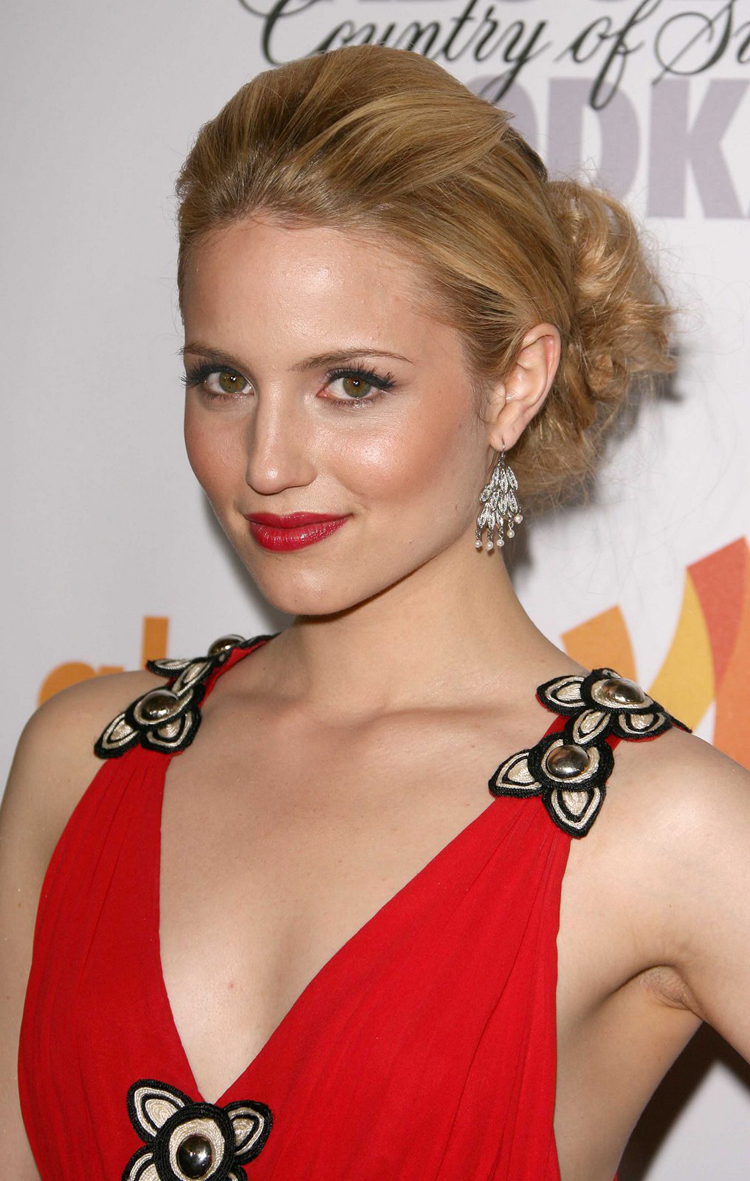 Fresh Look Celebrity Dianna Agron Hairstyles 44