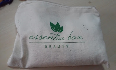 DE VIAJE CON ESSENTIA BOX