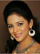 Actress Subhiksha Portfolio photos-thumbnail-18