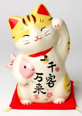 Promoção! Experimente nosso novo Prato! Japanese-cat-ornament-Maneki-Neko