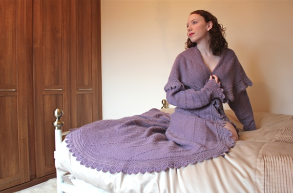 Knitting Pattern Dressing Gown : The Little Red Squirrel: The Most Glamourous Dressing Gown ...