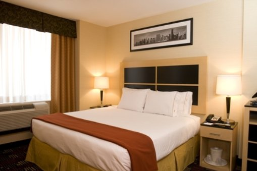 Voyageurs dove dormire a new york spendendo poco for Hotel a new york economici