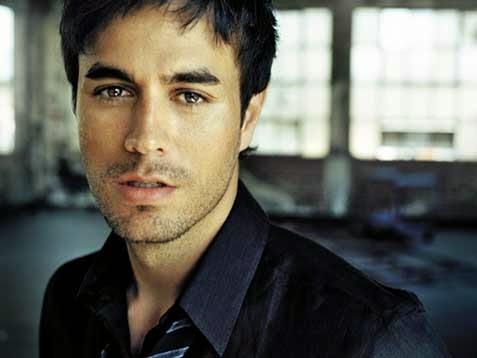 Daftar 10 Lagu Terbaik Enrique Iglesias