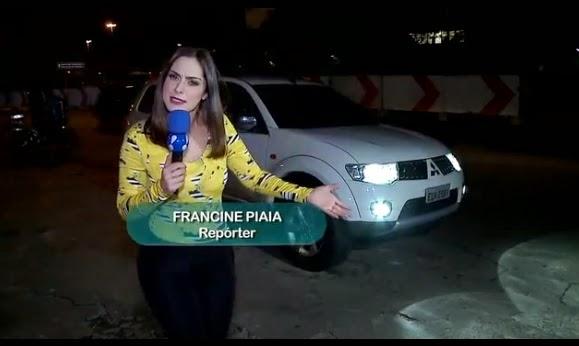 http://www.redetv.uol.com.br/Video.aspx?39,9,405363,entretenimento,,francine-piaia-leva-falso-jogador-para-testar-reacao-das-mulheres-na-balada